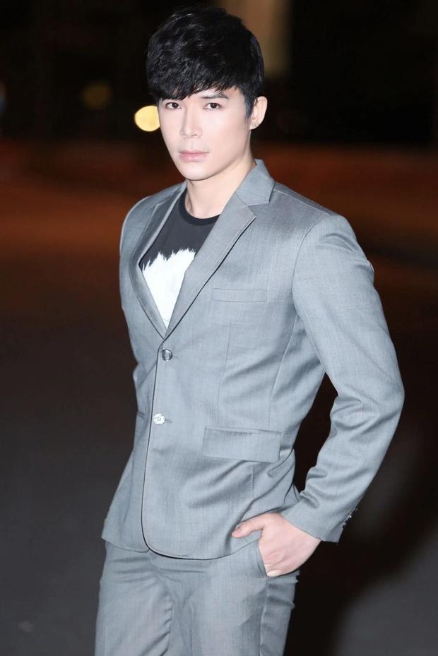 Nathan Lee bóc 1 nhân vật sống ảo chuyện mua đất Đà Lạt, nhắn tin với đại gia và cầm xe, Ngọc Trinh bỗng bị netizen réo gọi - Ảnh 6.