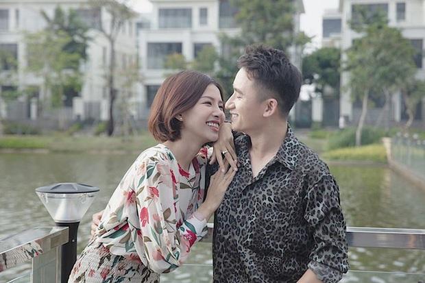 Lộ thiệp mời và hình ảnh lễ đường trước thềm hôn lễ của Phan Mạnh Quỳnh tại Nghệ An, nhìn qua đã biết là hoành tráng không vừa - Ảnh 7.