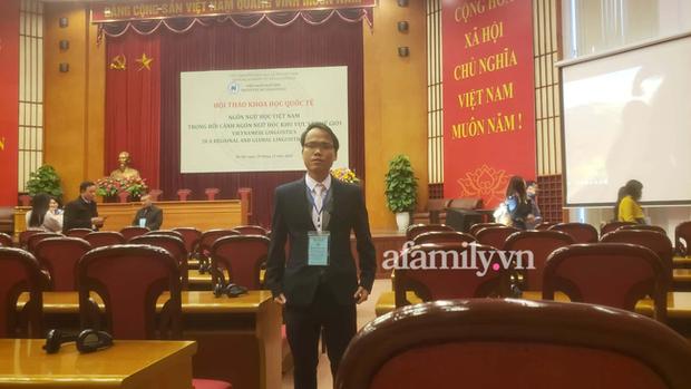 Tác giả Chữ Việt Nam song song 4.0: Dự định in sách và vận động dạy chữ mới ở trường THPT và đại học, sẽ dạy chữ mới cho các con khi đủ tuổi - Ảnh 1.
