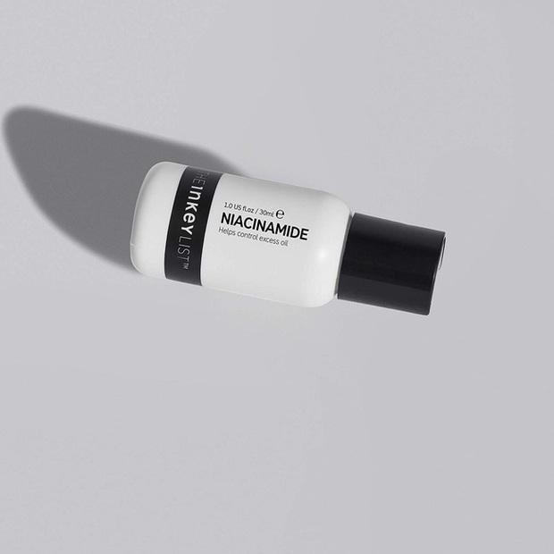 7 lọ serum đo ni đóng giày cho nàng da dầu: Hack da siêu mịn và còn kiềm dầu hiệu quả - Ảnh 4.