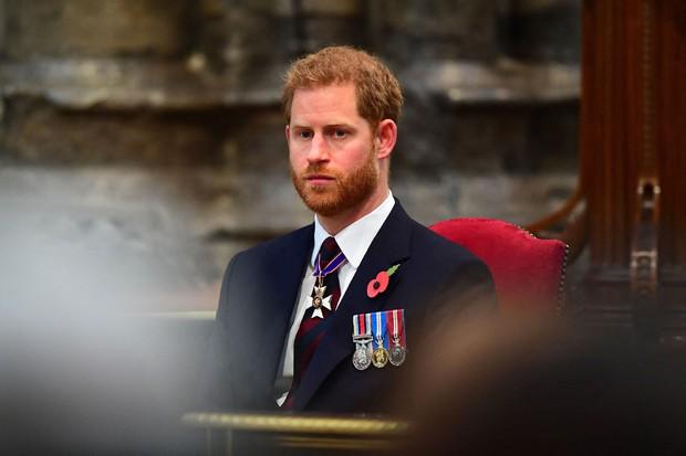Vì bảo vệ Harry, Nữ hoàng phá bỏ luật lệ truyền thống, đưa ra quyết định chưa từng có tiền lệ trong tang lễ Hoàng thân Philip sắp tới? - Ảnh 2.