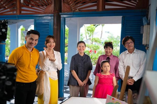 Xem Minh Hằng nhá hàng tạo hình trong phim mới: Đây là 1 trong những nàng công sở mặc đẹp nhất màn ảnh Việt chứ đâu! - Ảnh 7.