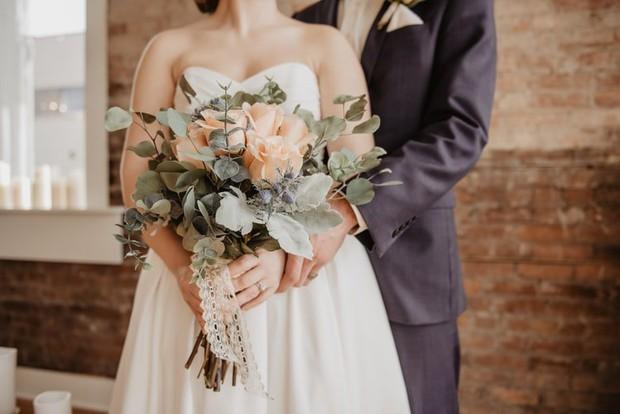Người đàn ông cưới vợ liên tiếp 4 lần, ly hôn 3 lần trong một tháng vì lý do không ai ngờ tới - Ảnh 1.