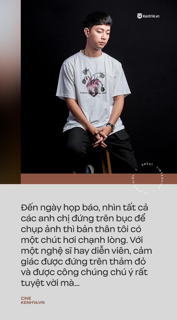 """""""Hotboy Bánh Giò"""" Võ Đình Hiếu trở lại trong Song Song: """"Ngày họp báo đứng dưới nhìn các anh chị chụp ảnh trên bục mà chạnh lòng"""" - Ảnh 2."""