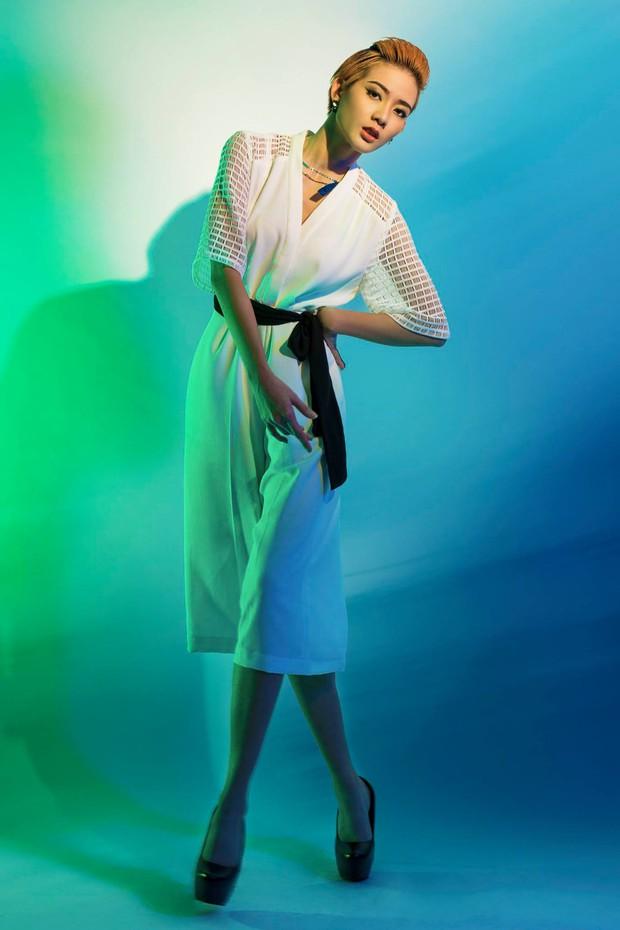 Từng bị BB Trần chê lép, Kim Nhã (Vietnams Next Top Model) giờ gây choáng với vòng 1 màu mỡ hơn hẳn! - Ảnh 4.