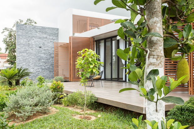 Nhà cấp 4 của gia đình tam đại đồng đường ở Quảng Nam: Bên ngoài giản dị mà bên trong sang trọng như resort 5 sao - Ảnh 5.