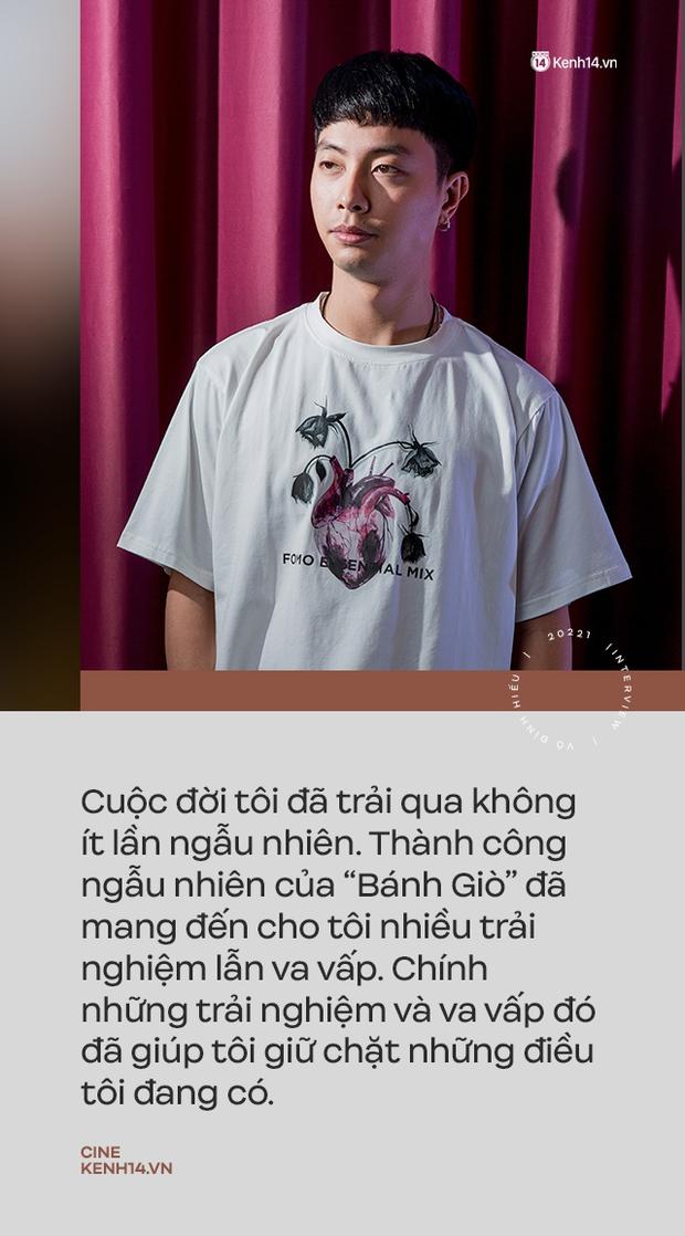 """""""Hotboy Bánh Giò"""" Võ Đình Hiếu trở lại trong Song Song: """"Ngày họp báo đứng dưới nhìn các anh chị chụp ảnh trên bục mà chạnh lòng"""" - Ảnh 11."""