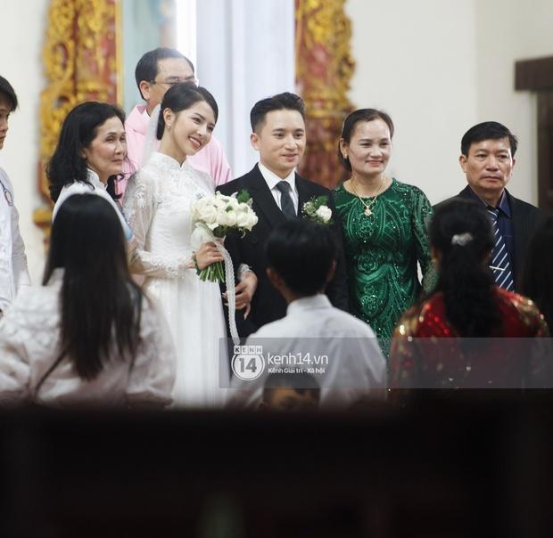 Hôm nay chú rể Phan Mạnh Quỳnh cưới được cô dâu hot girl đẹp quá: Visual và body đỉnh chóp, mê nhất góc nghiêng! - Ảnh 13.