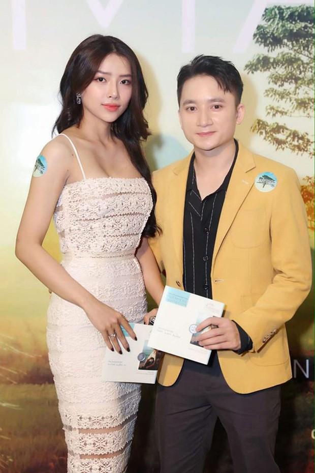 5 năm yêu của Phan Mạnh Quỳnh và vợ hot girl: Từ bị hoài nghi đến màn cầu hôn gây sốt, chàng cưng nàng số 1 thấy mà ghen! - Ảnh 6.