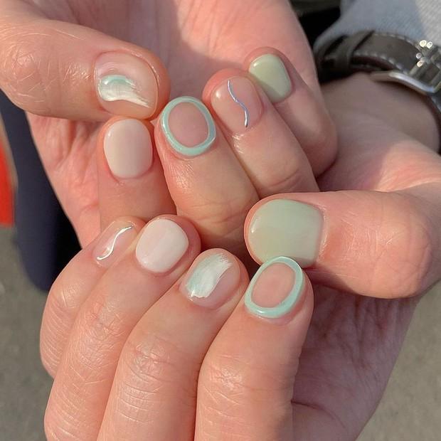 """Top mẫu nail xinh nhất ở các tiệm cho chị em đón hè: Muốn có móng xinh thì """"bơi"""" vào nghía - Ảnh 15."""
