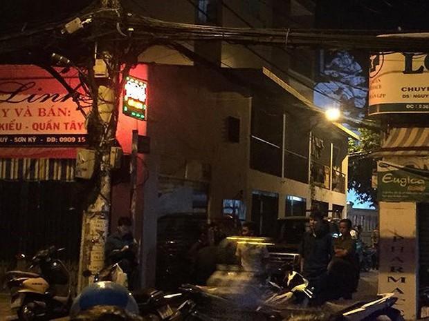 Nguyên nhân người đàn ông tử vong sau khi bị cướp giật tài sản ở Sài Gòn - Ảnh 1.
