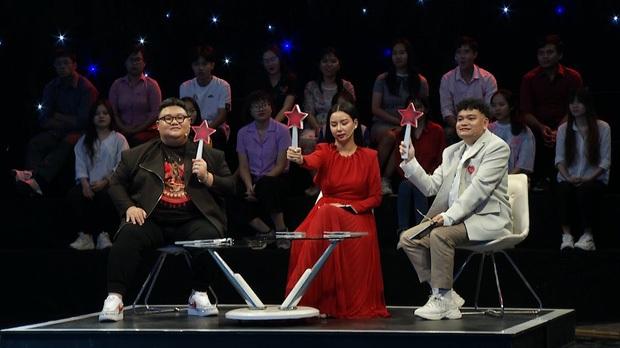 Netizen phẫn nộ với cô gái đi thi hát với thái độ bất cần, sẵn sàng đốp chát lại ban giám khảo - Ảnh 1.