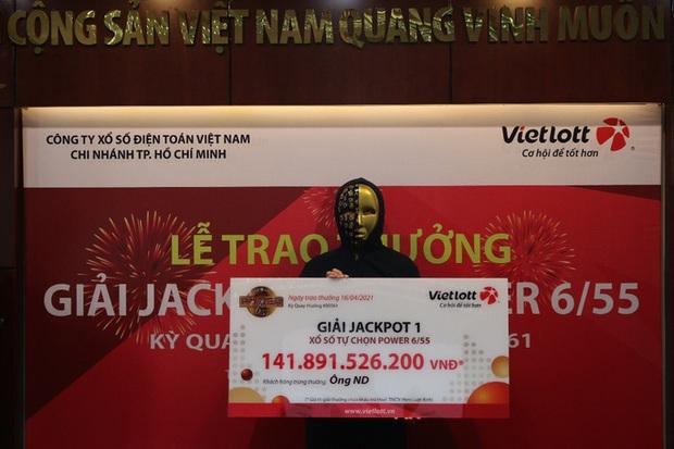 Người trúng vé số Vietlott 141,8 tỷ đồng là nhân viên văn phòng ở TP.HCM - Ảnh 1.