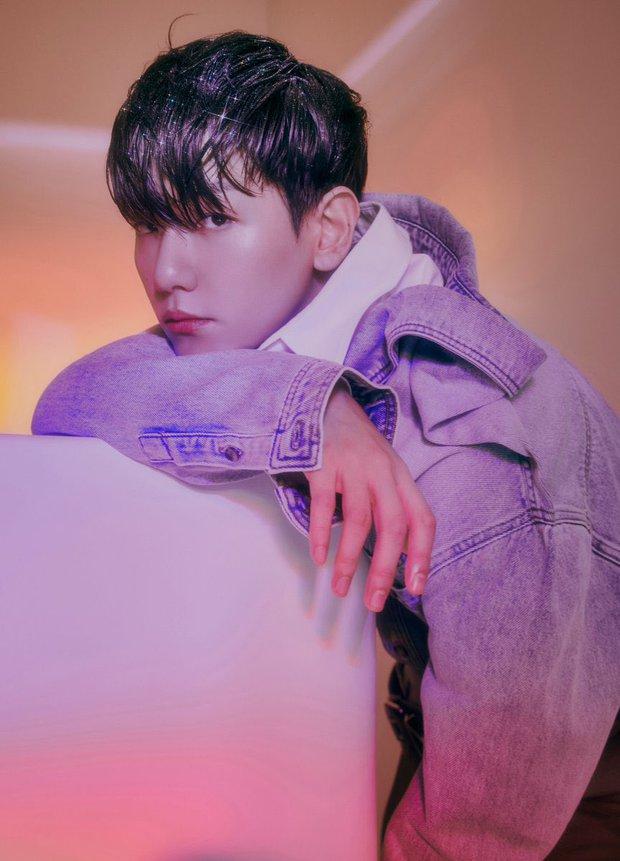 Không cần quảng bá, Baekhyun (EXO) vẫn lập kỉ lục triệu bản, cả Kpop Gen 3 không ai làm được - Ảnh 1.