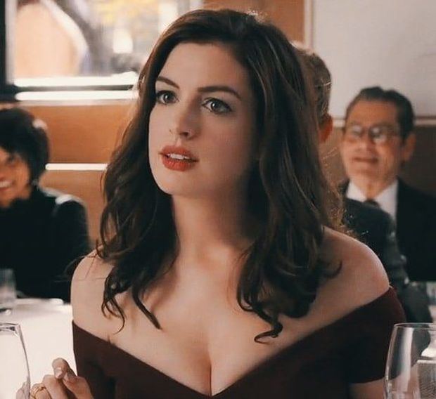 Lí do Oscars 2011 là đêm tồi tệ nhất lịch sử: Anne Hathaway không gánh nổi đồng đội vô duyên, tưởng ai hóa ra tài tử Người Nhện - Ảnh 10.
