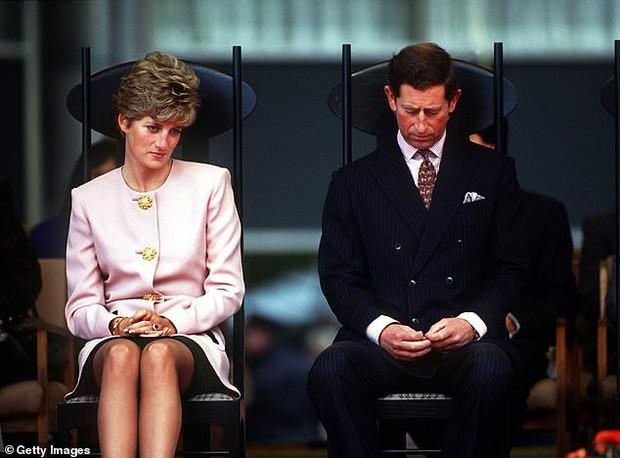 Quan hệ tốt đẹp của Hoàng tế Philip và các nàng dâu: Công nương Diana nhận sự đối đãi đặc biệt nhưng vẫn chưa phải là người được yêu quý nhất - Ảnh 4.