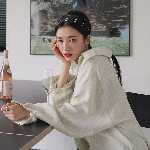 Tủ đồ của hội gái Hàn sành điệu luôn có đủ 10 items sau, bạn cứ học theo là style đẹp vượt cấp - Ảnh 7.