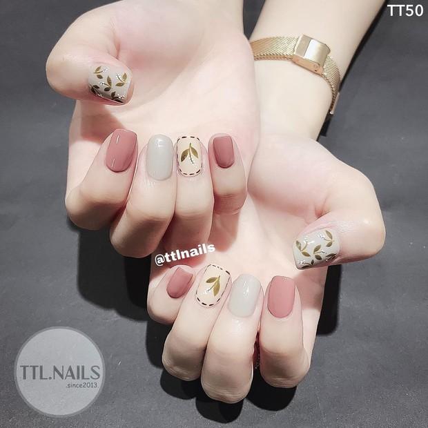 """Top mẫu nail xinh nhất ở các tiệm cho chị em đón hè: Muốn có móng xinh thì """"bơi"""" vào nghía - Ảnh 5."""