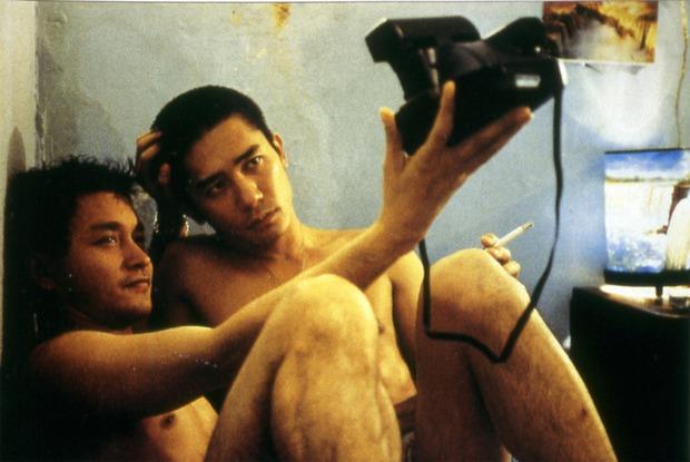Netizen bồi hồi nhớ lại loạt phim boylove kinh điển: Cái tên đứng đầu lại là phim 18+ của Leonardo DiCaprio - Ảnh 4.