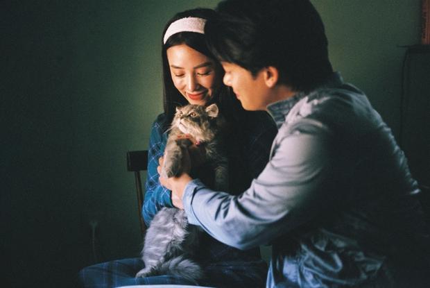 Bị đồn phim giả tình thật, mỹ nhân phim Victor Vũ đáp trả bằng bộ ảnh cực tình bên hot boy gốc Việt - Ảnh 7.