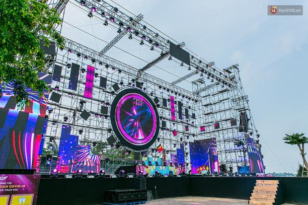 Sơn Tùng M-TP cùng dàn line-up cực phẩm sẽ comeback tại sân khấu phủ hồng siêu hoành tráng Diana Pink Fest! - Ảnh 5.