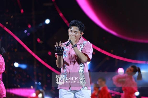 AMEE và Ricky Star ăn ý kết hợp khuấy đảo Diana Pink Fest, Lou Hoàng mang loạt hit đình đám lên sân khấu quẩy cực nhiệt - Ảnh 1.