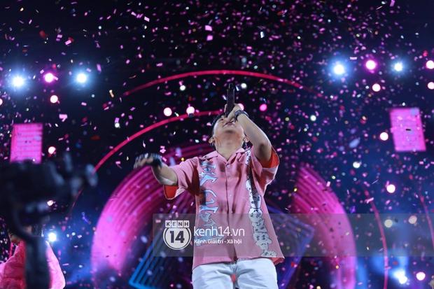 AMEE và Ricky Star ăn ý kết hợp khuấy đảo Diana Pink Fest, Lou Hoàng mang loạt hit đình đám lên sân khấu quẩy cực nhiệt - Ảnh 3.