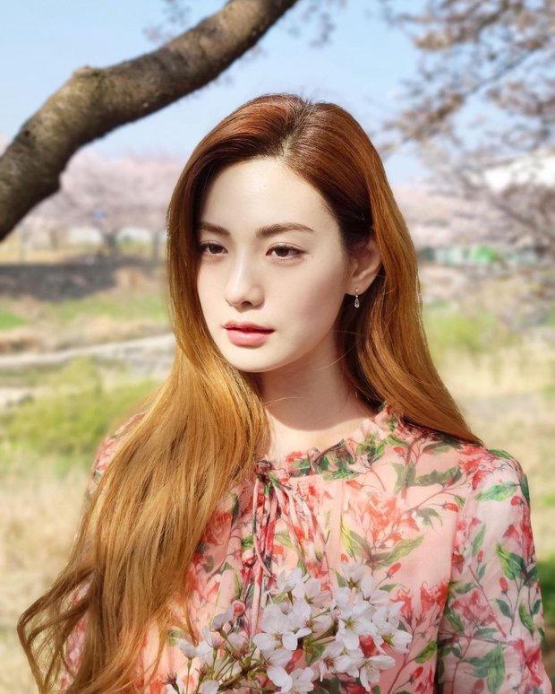 4 màu tóc nhuộm đang hot rần rần trong phim Hàn, chị em áp dụng thì độ sang chảnh lên một tầm cao mới - Ảnh 1.