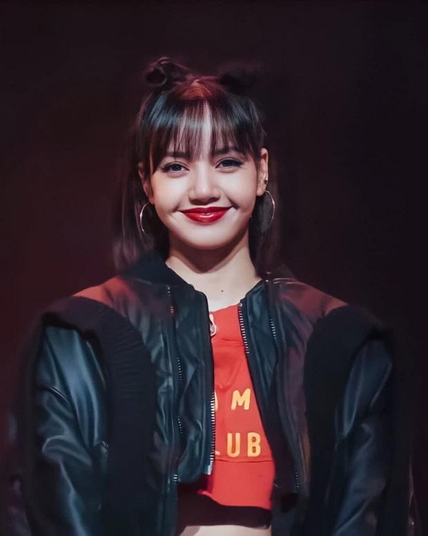 Báo Thái xác nhận Lisa (BLACKPINK) debut solo vào tháng 6, động thái sau đó lại hết sức đáng ngờ? - Ảnh 2.