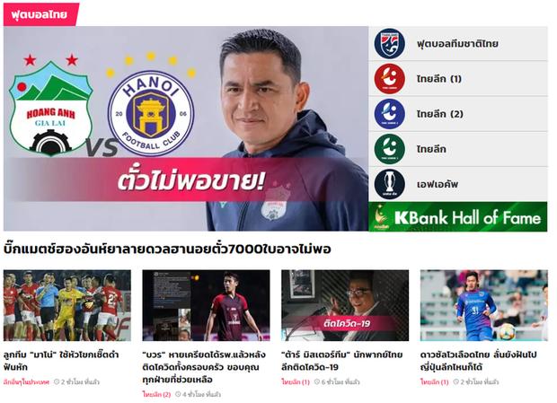 Trận HAGL gặp Hà Nội FC chiếm spotlight trên báo Thái Lan: Sức hút của HLV Kiatisuk - Ảnh 1.
