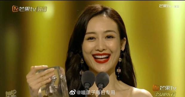 Bị lộ hát nhép, chị đại The Voice Trung Quốc vẫn hiên ngang dẫn đầu show thực tế - Ảnh 7.