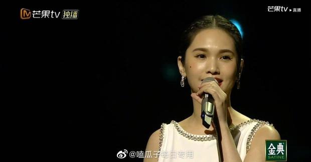 Bị lộ hát nhép, chị đại The Voice Trung Quốc vẫn hiên ngang dẫn đầu show thực tế - Ảnh 5.