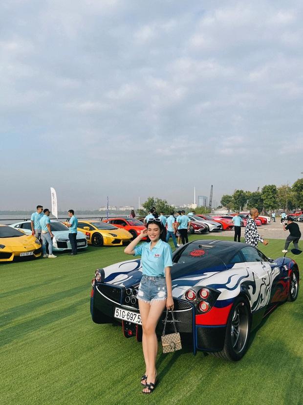 Vừa chi 7,5 tỷ làm thiết kế nội thất, vợ chồng Đoàn Di Băng xách siêu xe 24 tỷ đi chơi với nhà Minh Nhựa và hội đại gia - Ảnh 6.