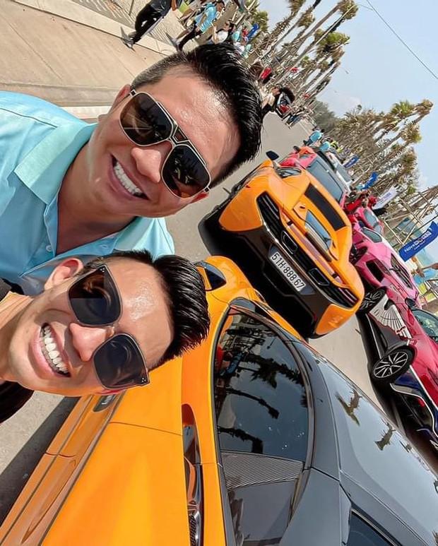 Vừa chi 7,5 tỷ làm thiết kế nội thất, vợ chồng Đoàn Di Băng xách siêu xe 24 tỷ đi chơi với nhà Minh Nhựa và hội đại gia - Ảnh 2.