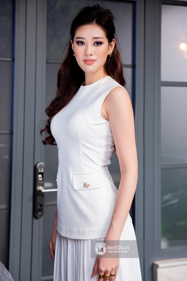 Gặp Khánh Vân trước khi sang Mỹ thi Miss Universe 2020: Gần như offline khỏi MXH, muốn bật khóc vì tập luyện quá nặng - Ảnh 2.