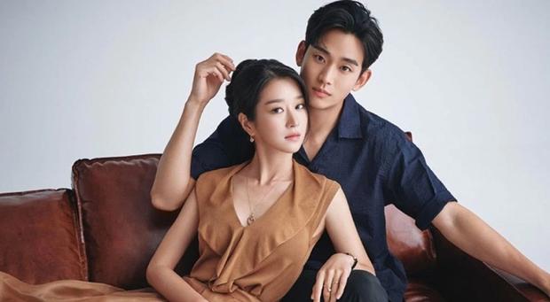 Hot nhất xứ Hàn sáng nay: Phát ngôn cũ của tài tử Kim Soo Hyun chứng minh Seo Ye Ji thực sự có khả năng điều khiển đàn ông? - Ảnh 2.