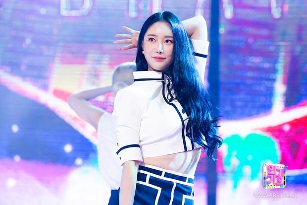 BXH 30 nữ idol hot nhất gây sốc: Hiện tượng ngực khủng đè bẹp BLACKPINK, Wendy (Red Velvet) ra sao sau tai nạn kinh hoàng? - Ảnh 6.