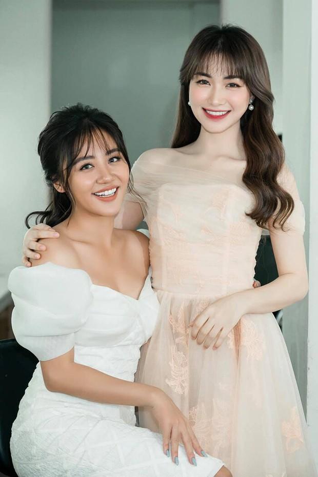 Netizen tranh cãi Văn Mai Hương hát quá nhớt và không hay bằng Hòa Minzy, khổ chủ phải lên tiếng giảng hòa - Ảnh 1.