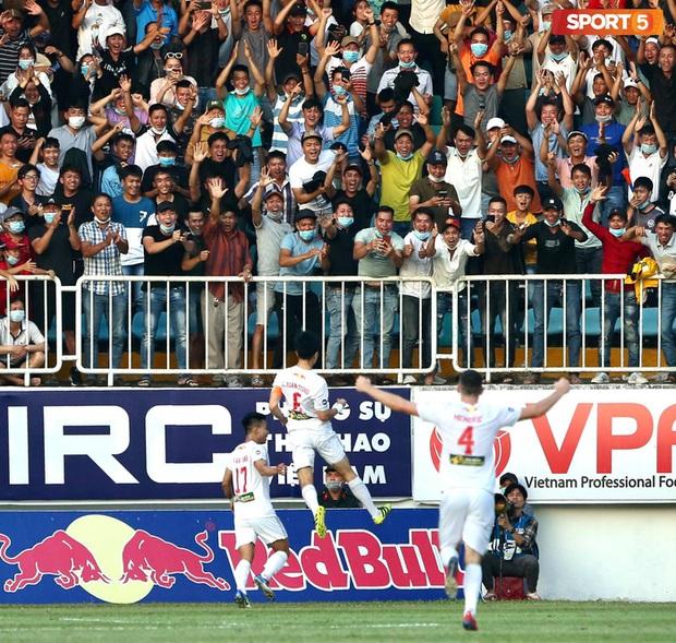 Xuân Trường mơ về ngày vô địch cùng HAGL sau khi đánh bại Hà Nội FC - Ảnh 2.