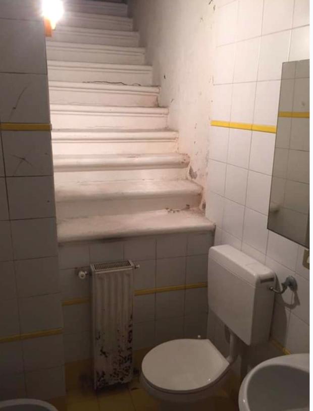 Tuyển tập những nhà vệ sinh hắc ám, nhìn xong là đủ kiên nhẫn nhịn đến lúc về nhà - Ảnh 9.