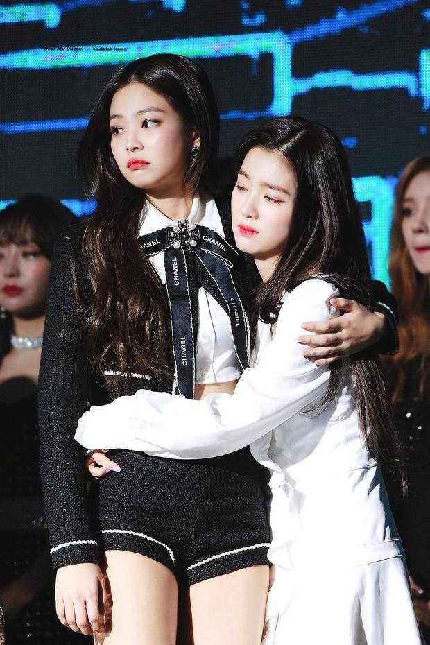 """""""Bội thực"""" trước tổ hợp visual đỉnh nhất Kpop Red Velvet - BLACKPINK ở lễ trao giải: Cả dàn nữ thần xinh như mộng loá cả mắt! - Ảnh 12."""