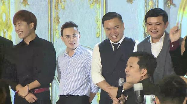 Đạo diễn Nhất Trung hoá ra đã se duyên cho vợ chồng Nhã Phương, còn thân đến mức được Trường Giang dẫn dắt hôn lễ - Ảnh 3.