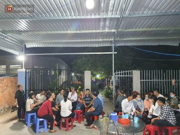 Nghi can hiếp dâm, sát hại bé gái 5 tuổi ở Bà Rịa - Vũng Tàu vẫn qua đám tang chia buồn với gia đình trước khi bị bắt - Ảnh 1.