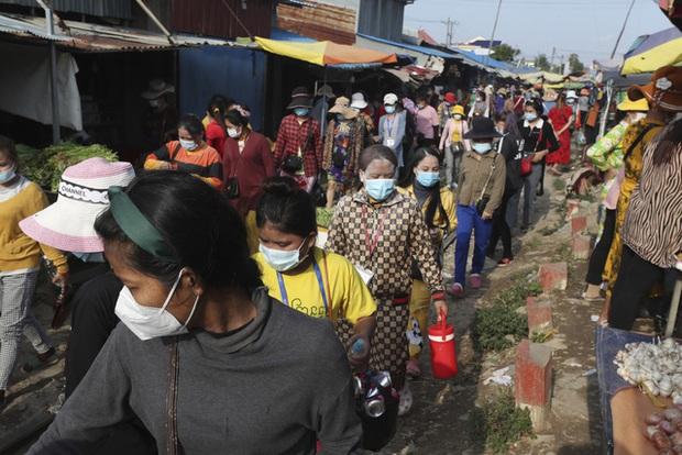 Hơn 141,9 triệu người nhiễm COVID-19 trên toàn cầu, nhiều nước Đông Nam Á có số ca mắc mới đáng báo động - Ảnh 2.