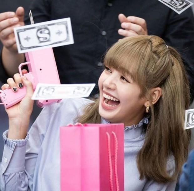 Cuối cùng YG cũng lên tiếng về chuyện Lisa (BLACKPINK) ra mắt solo, fan nghe xong tự biết nên làm gì luôn! - Ảnh 4.