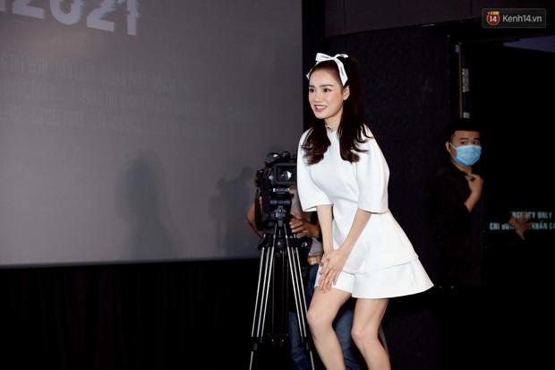 Giữa drama mắc bệnh ngôi sao, Nhã Phương bị đào lại việc đi muộn 2 tiếng ở họp báo Song Song - Ảnh 2.