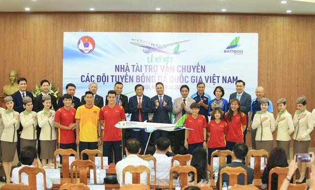 Tuyển Việt Nam sang UAE dự vòng loại World Cup bằng chuyên cơ riêng cực xịn - Ảnh 1.