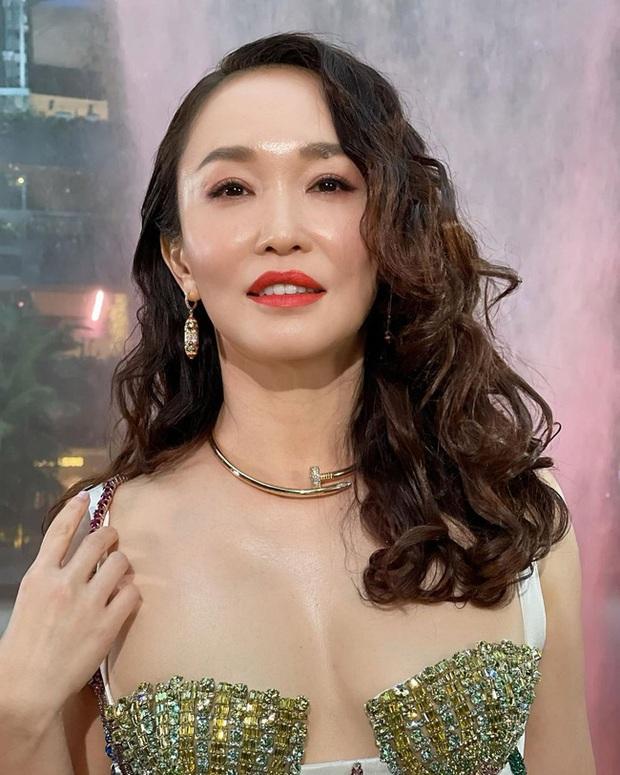 Phạm Văn Phương gây thất vọng vì loạt hình ảnh lộ gương mặt cứng đơ và bóng dầu - Ảnh 3.