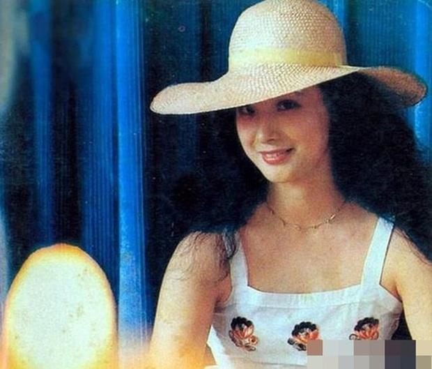 Nữ yêu tinh xinh đẹp, giàu có nhất đoàn làm phim Tây Du Ký 1986 - Ảnh 5.