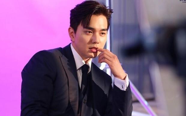 7 loại siêu năng lực xịn xò ở phim Hàn: Thấy ma mà được chú đẹp bảo vệ như Kim Go Eun thì ai cũng cam lòng! - Ảnh 13.
